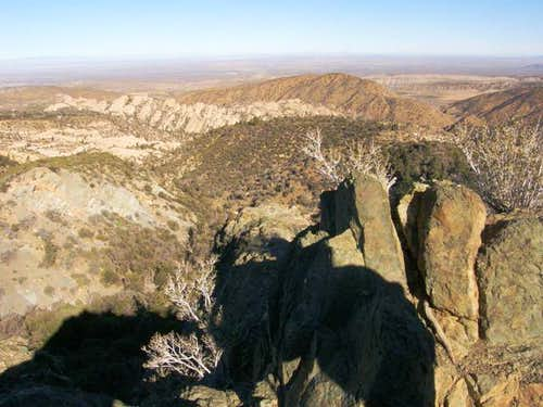 Views along trail to Devil\'s Chair