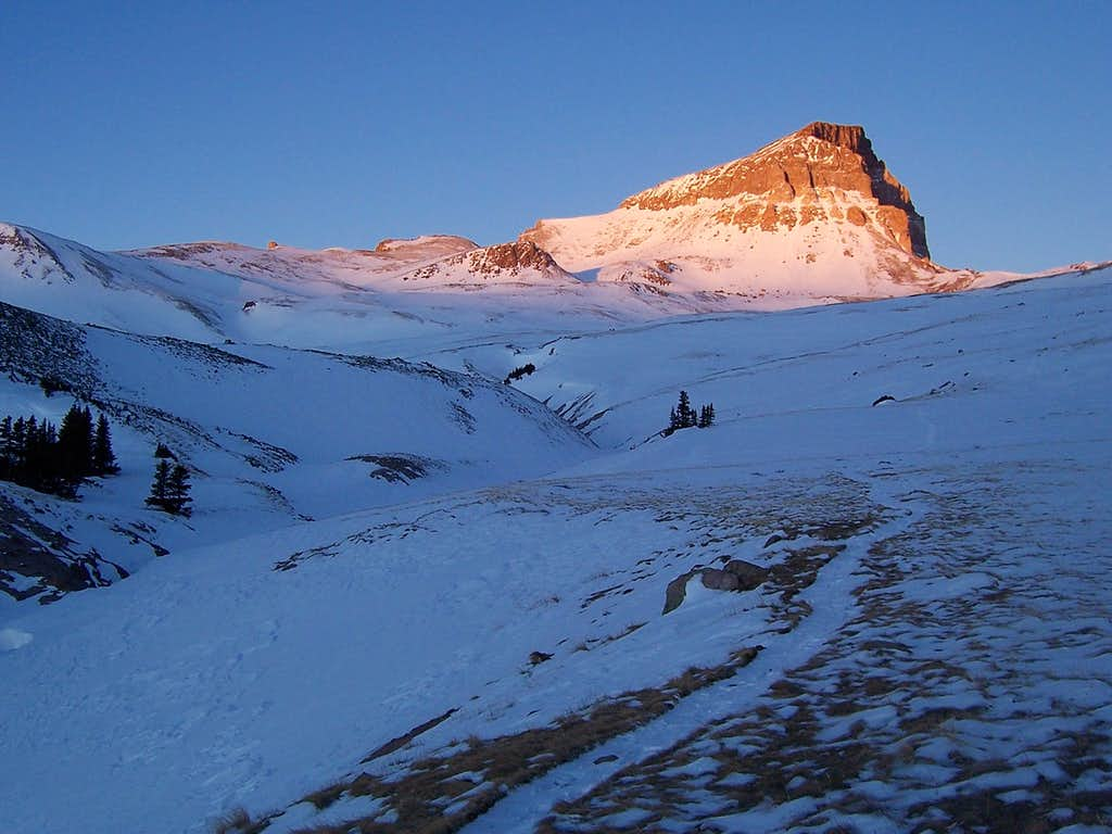 Alpenglow on Uncompahgre