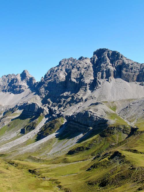 The Kuglaspitze (2684m) in the Lechtal Alps seen from the Rauhekopfscharte-Stuttgart hut trail