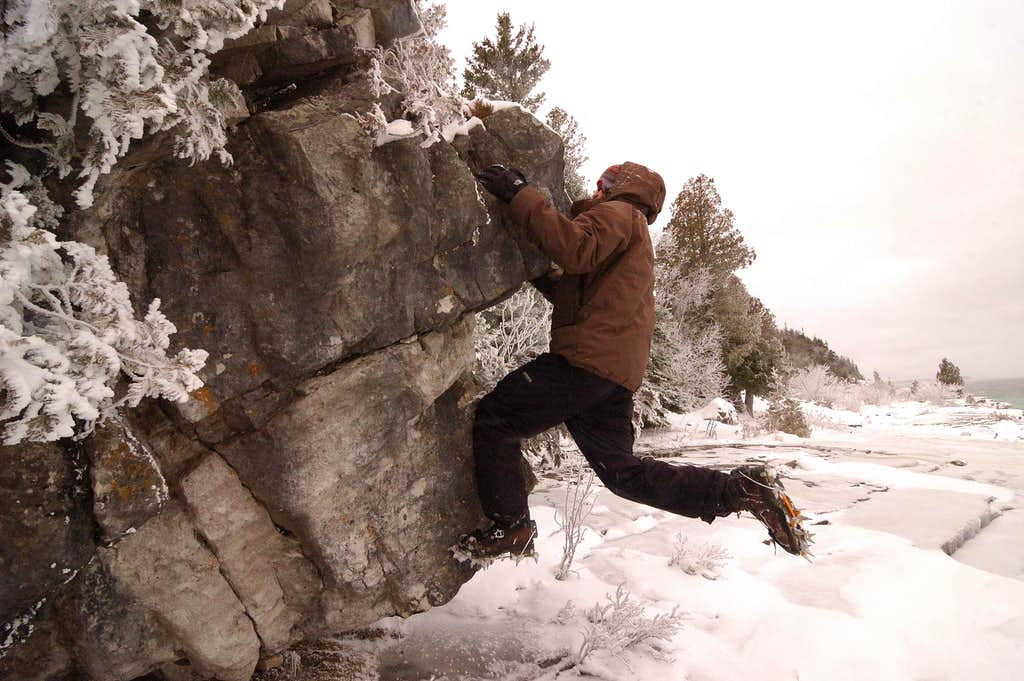Mixed Boulder