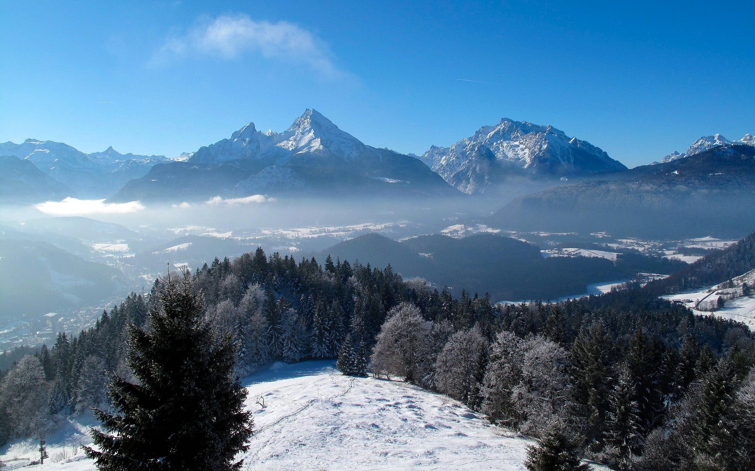 On Kneifelspitze in autumn and winter