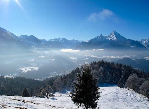 Jenner, Funtenseetauern, Schönfeldspitze and Watzmann seen from the Kneifelspitze trail