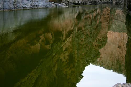 Rio Grande Reflecting Santa Elena