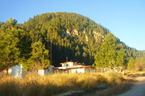 Cerro El Filete and the research station