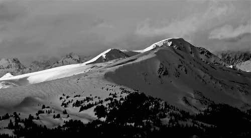 Uneva Peak B&W