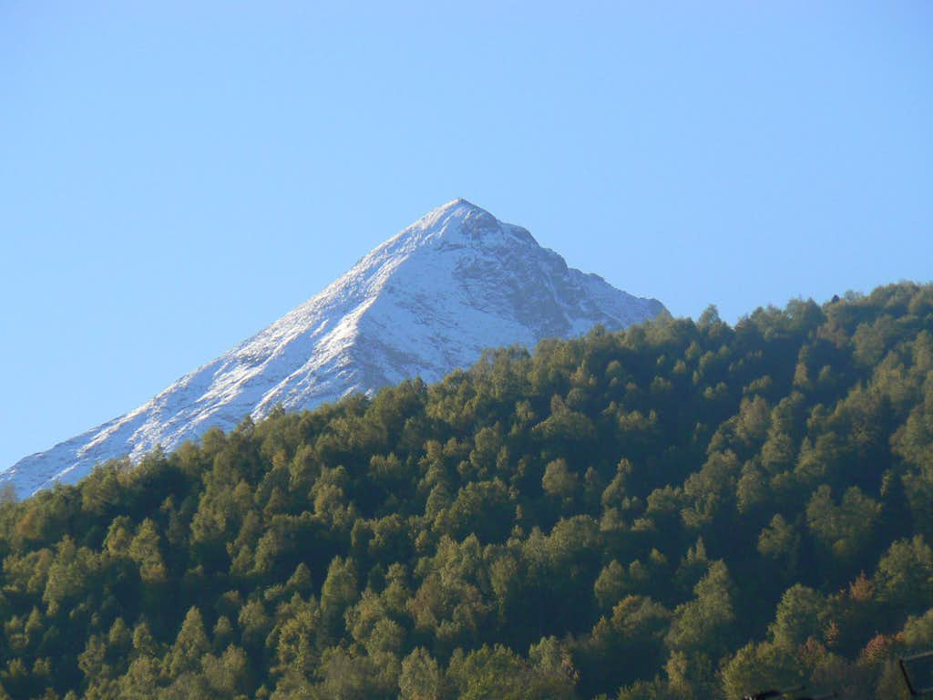 Pic de Sarrouyès from Saint Lary