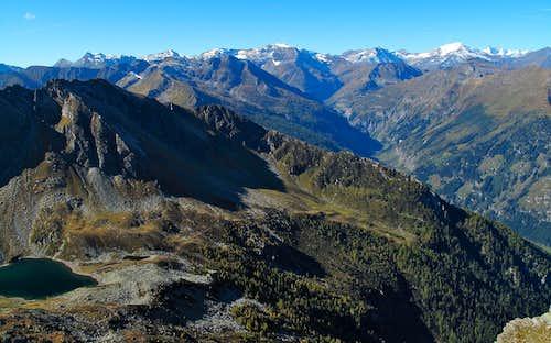The 3000er peaks of the Goldberg group plus the Grossglockner seen from the Graukogel