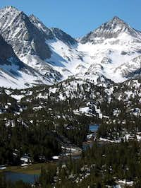 Little Lakes Valley - Pyramid...