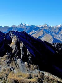 View over the Feuersang (2477m) to Geisselkopf (2974m) and Murauer Köpfe (2986m)