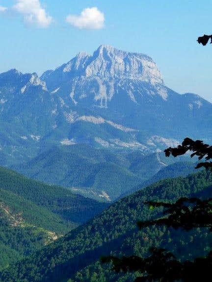 Peña Montañesa from peak Comodoto