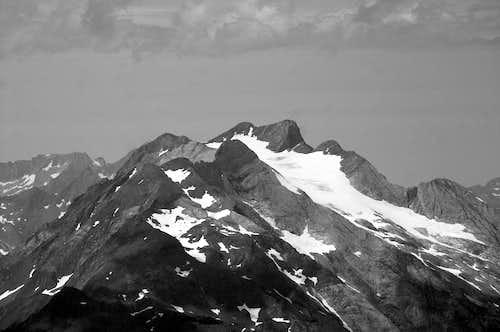 Vignemale Massif from Monte Perdido top