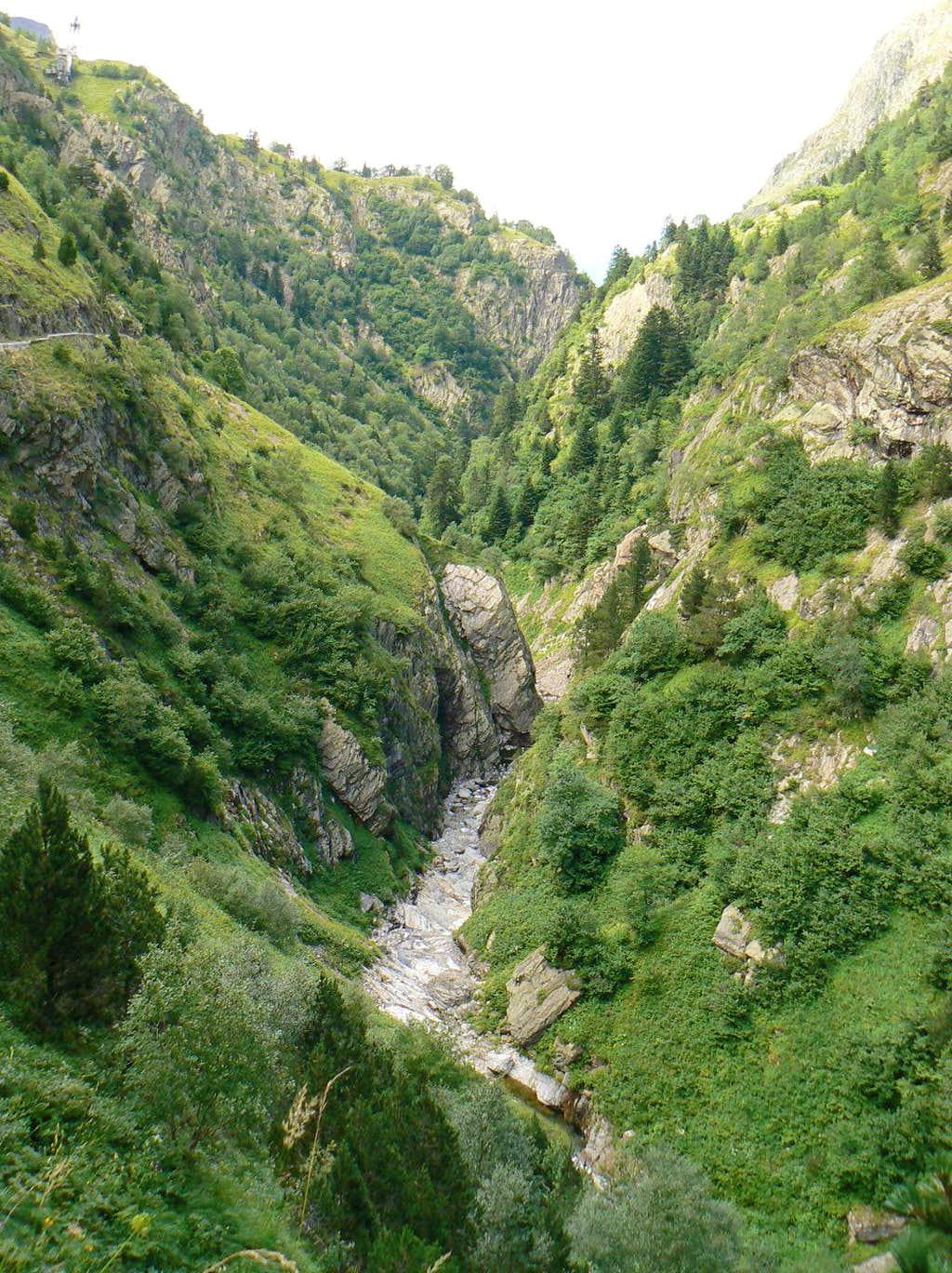 The Clarabide gorges