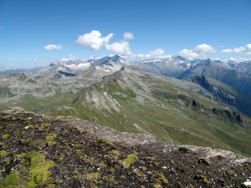View to Ankogel and Hochalmspitze from the Geisselkopf trail upon ca. 2800 meters