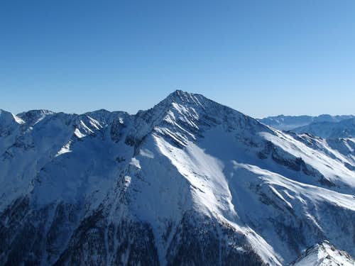 The Maresenspitze (2915m) seen from just below the Hannover hut