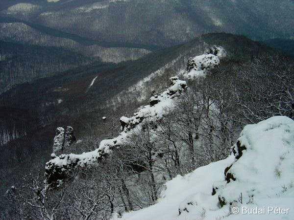 Vadálló kövek ridge in winter