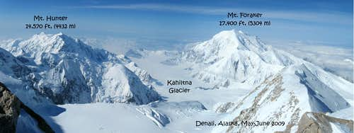Denaly 2009 Mount Foraker and Mt.Hunter-panorama