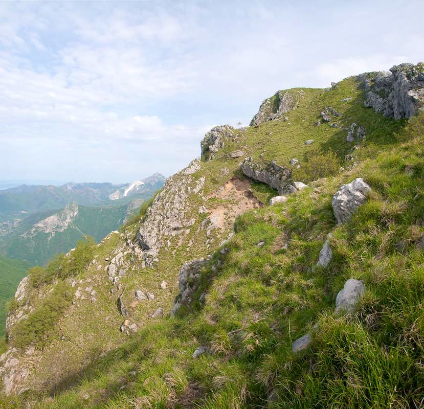 First steps on the south ridge of Monte Nona