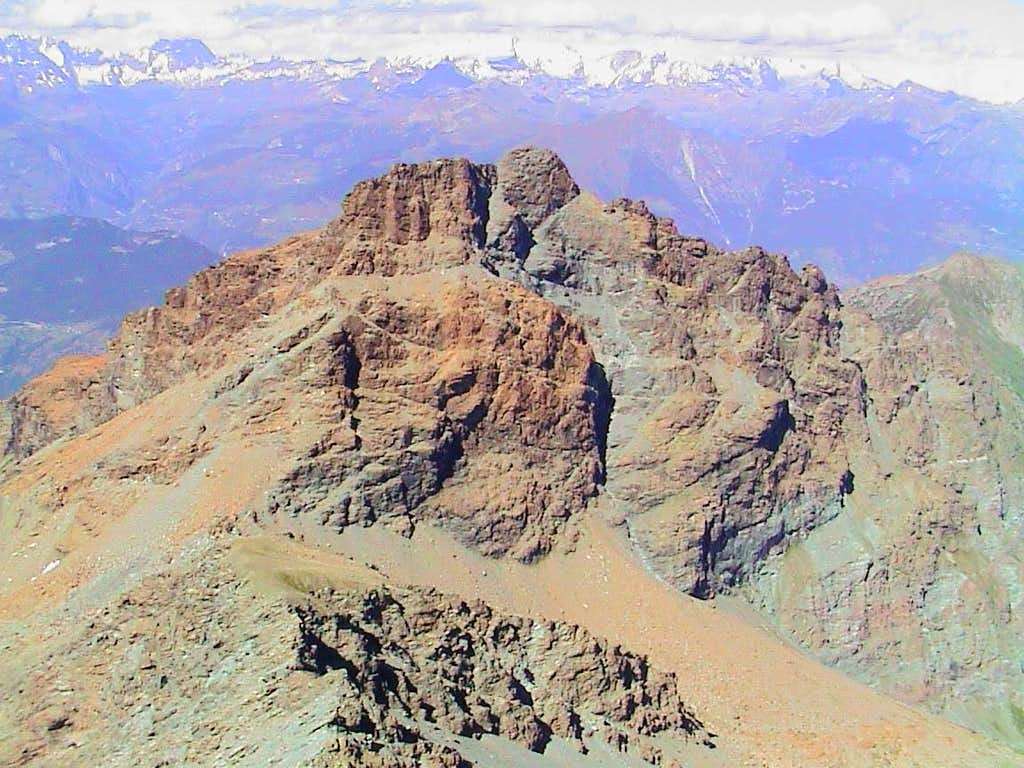 Mount Ruvic or Revì