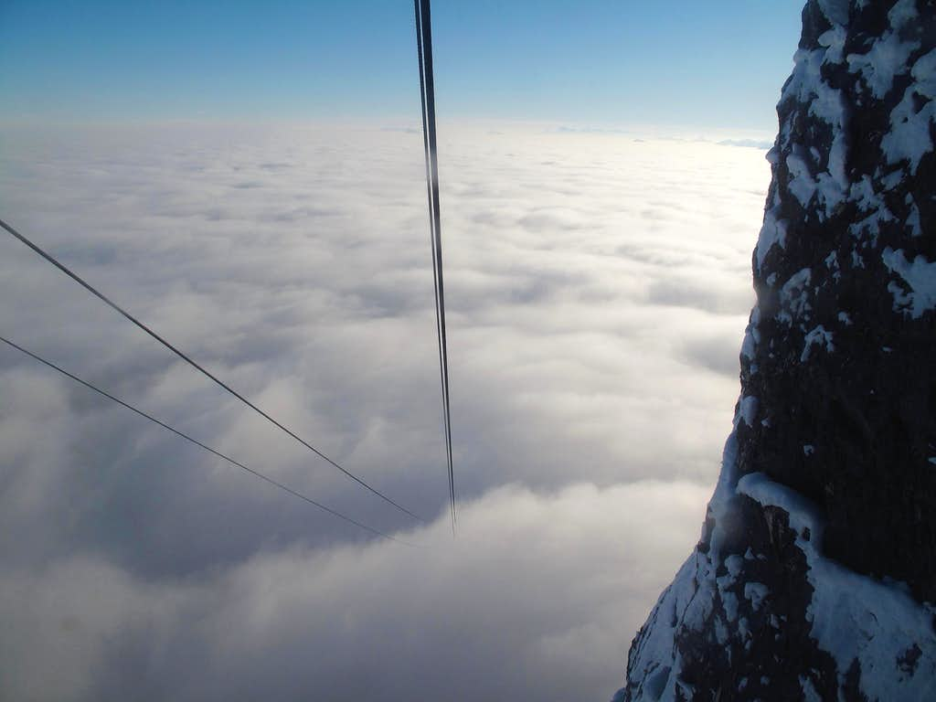 The cables of the Untersbergbahn seem to vanish into nothing