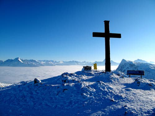 The Salzburger Hochthron (1853m) with its summit cross