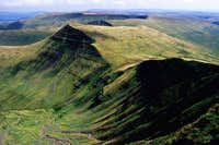 Cribyn seen from pen y fan