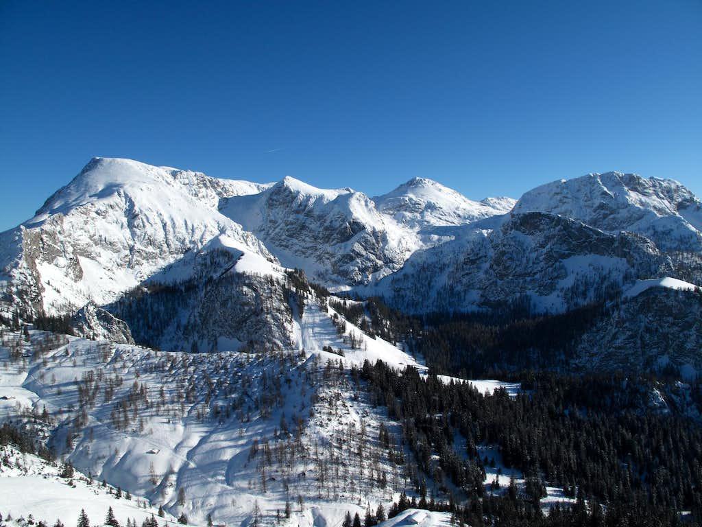 View to Schneibstein (2276m) and Windschartenkopf (2211m)