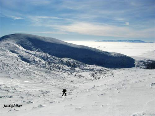 Crossing and hiking over Vranica (2.115m)