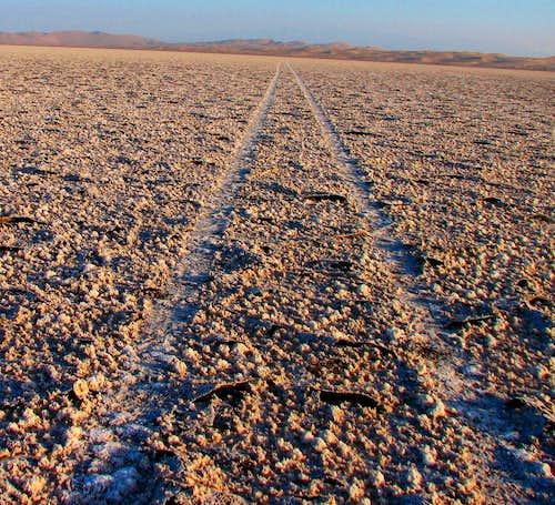 کویر مرنجاب - دریاچه نمک