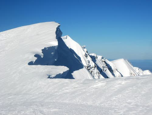 Crater cornices