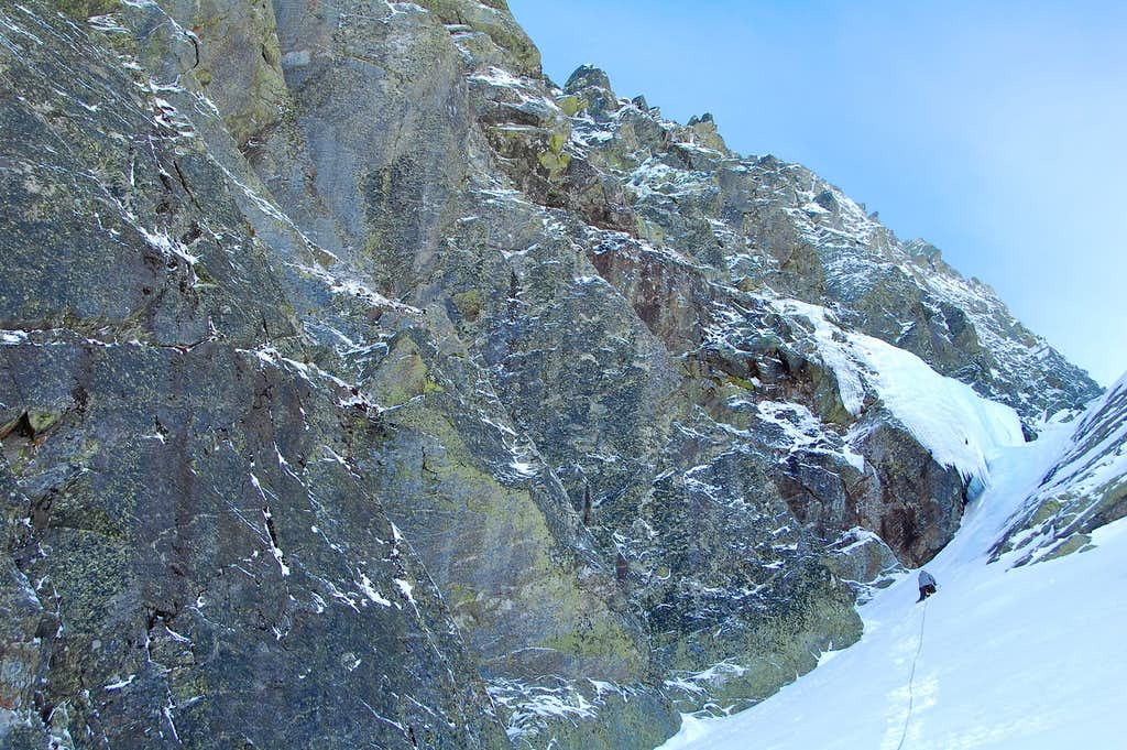 Pinnacle Buttress/Central Gully