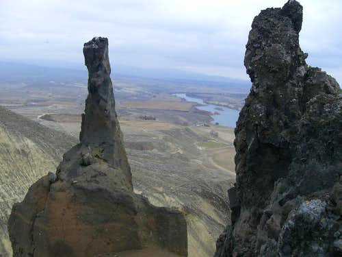 Twin Pinnacles