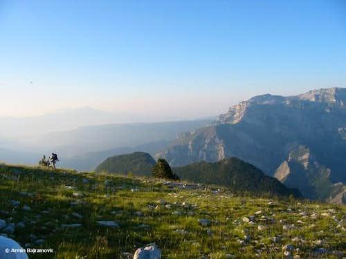 Descending to Petralj....