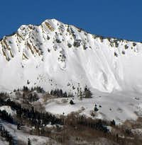 Avalanche on Mount Raymond