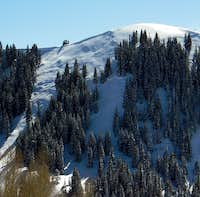 An avalanche on the Desolation Chutes