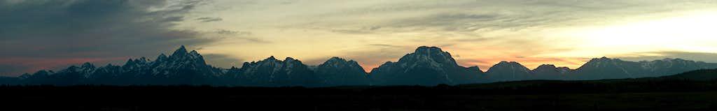 Teton Range at sunset: panorama