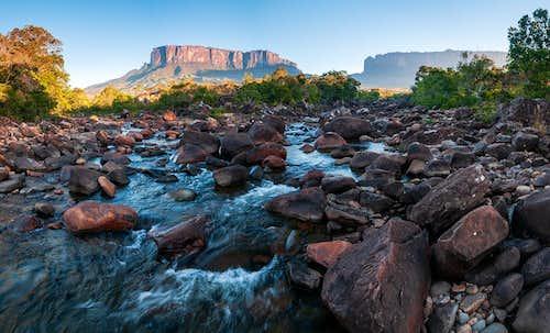 kukenan river