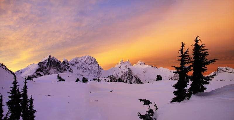 Spectacular winter dawn at Tank Lakes, WA