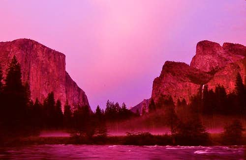 Yosemite Valley View at Sunset