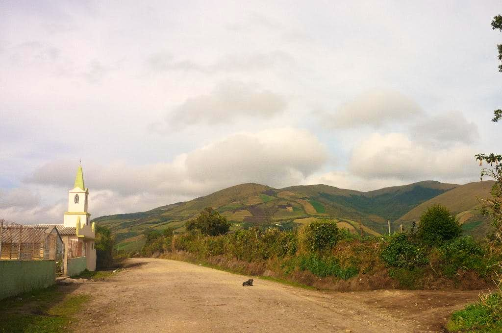 The trail from San Roque Alto