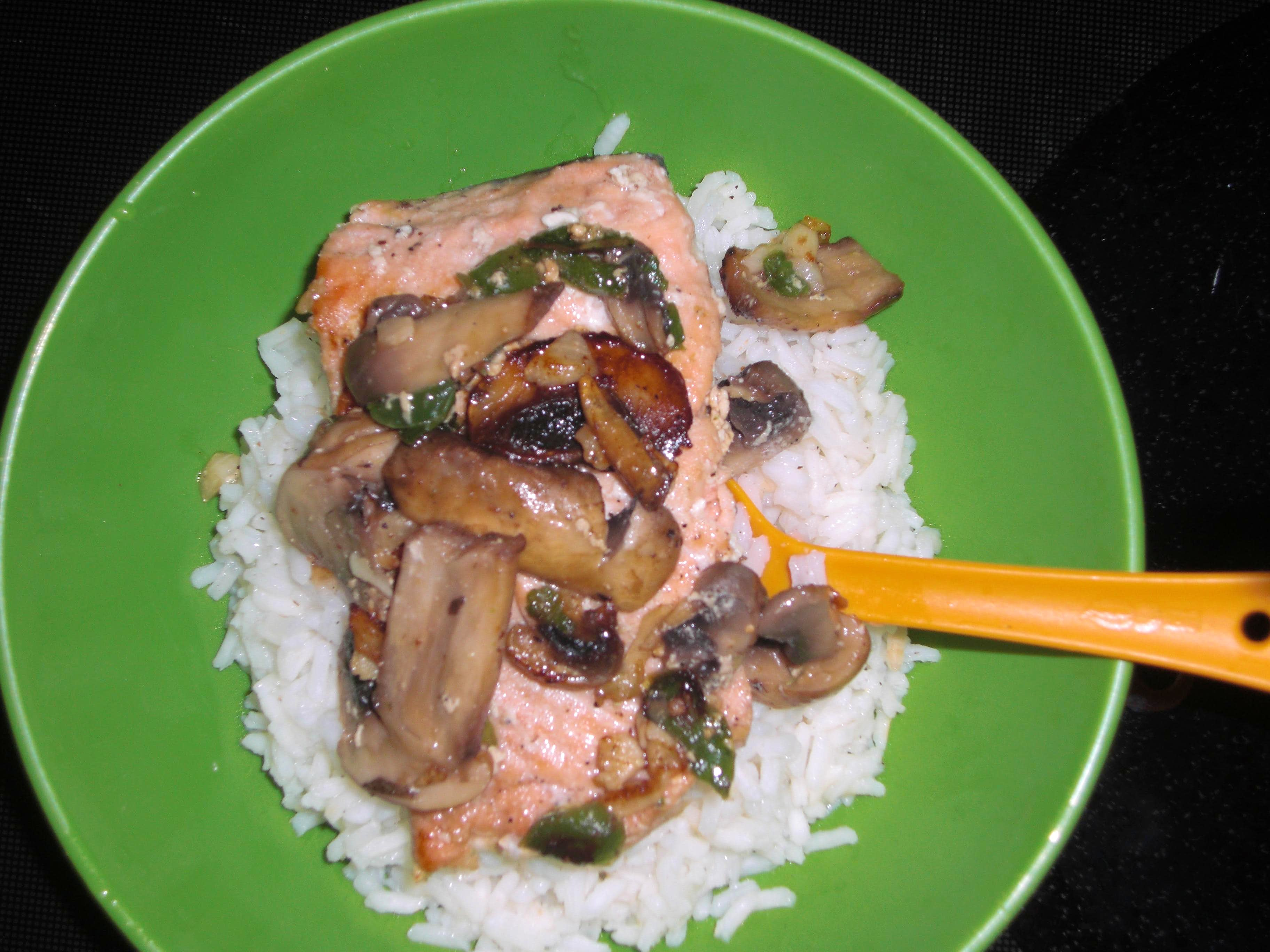 Wild Jalapeño Mushroom Salmon with Rice