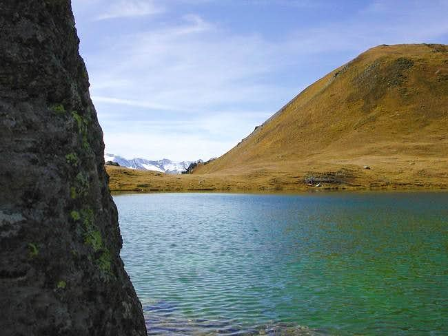 il lago Corona (2702 m.)