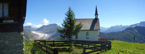 Chalets and chapel in Belalp