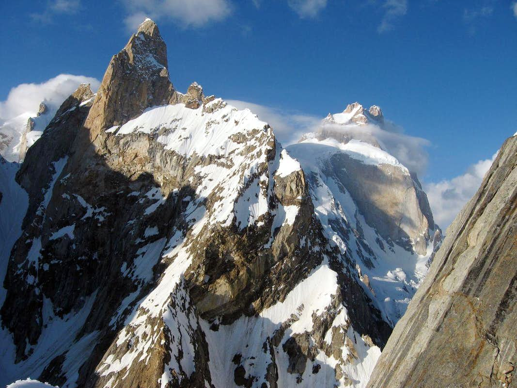 NAVER まとめ知名度は低いが峻険!7000m峰
