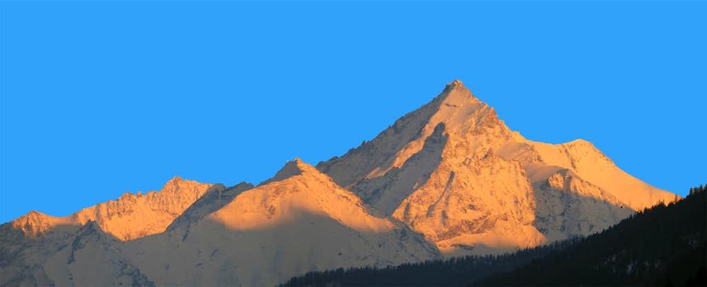 Grivola Mountain Chain
