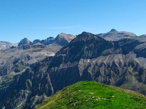 The high alpine area around the Wildstrubel hut