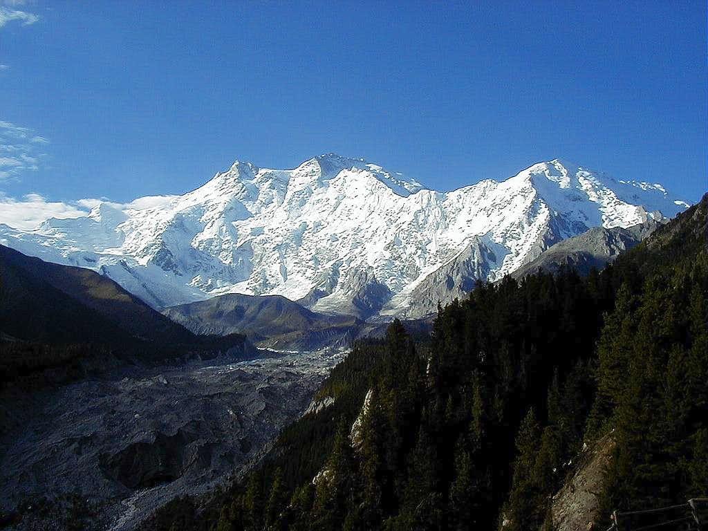 Nanga Parbat (8125-M), Pakistan : Photos, Diagrams & Topos