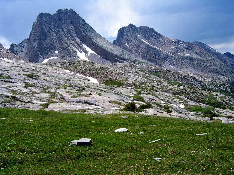 Vestal and Arrow Peaks