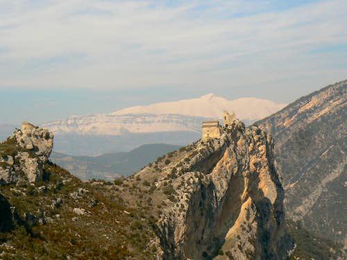 Cotiella anf the Monastery of San Emeterio y San Celedonio