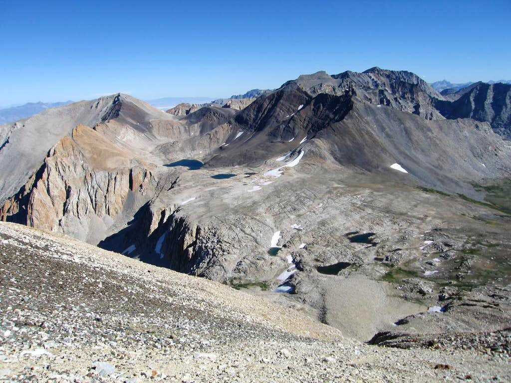 Above Taboose Pass