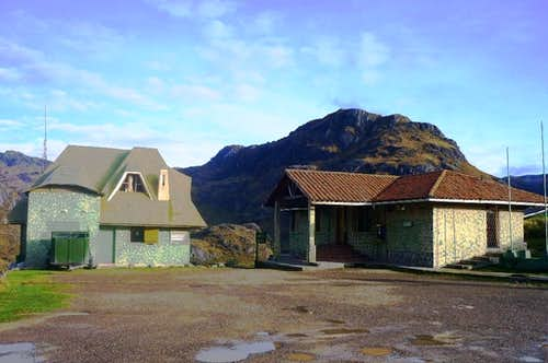 The refugio and the visitors centre